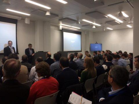 60 altos cargos de AFEB se reúnen con el equipo directivo del área de market place de Amazon