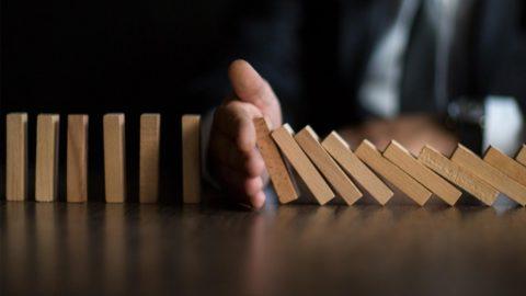 Más del 65% de empresas encuestadas por AFEB considera insuficientes las medidas del Gobierno y casi un 43% valoran realizar un ERTE